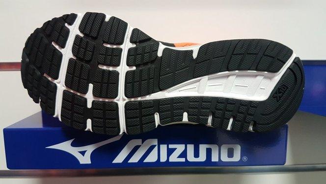 Mizuno Synchro MX 2