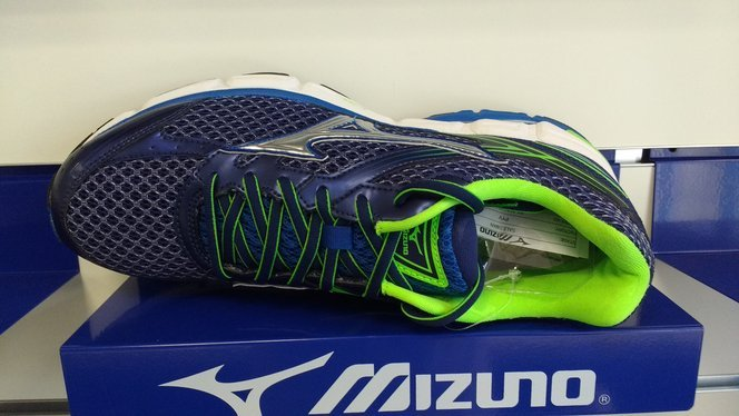 Mizuno Wave Connect 3