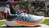 New Balance FuelCell Propel v3