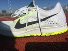 Nike Zoom Streak 6: Nike Zoom Streak 6-Tras entreno exigente sobre tartán