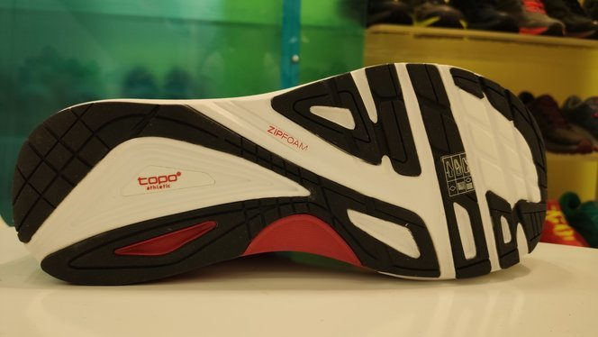 Topo Athletic Ultrafly 3