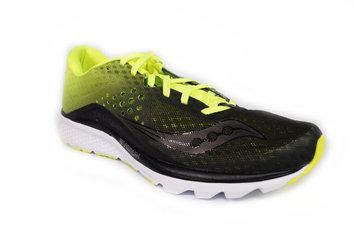 Zapatilla mixta cómoda y estable para corredores de pisada neutra