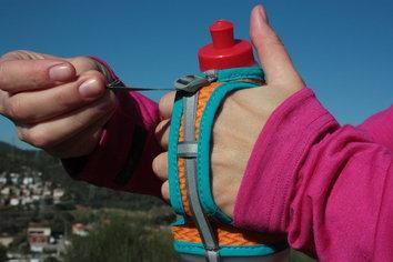 Un bidón ergonómico para todas las manos