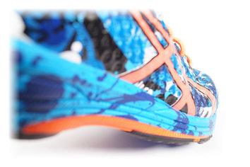 Una zapatilla r�pida que nos invita a correr para explorar sus l�mites.