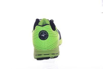 Zapatillas versátiles, robustas y al mismo tiempo ligeras, para un correr reactivo y rápido.