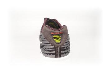 Zapatillas que invitan a sensaciones naturales y libertad de movimientos.