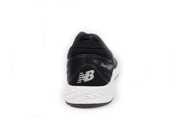 Gran zapatilla para ritmos rápidos y media-larga distancia