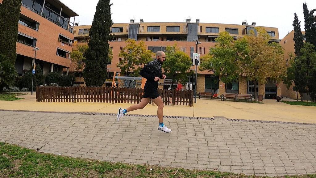 Zapatilla técnica y con poco margen de error para entrenar y competir